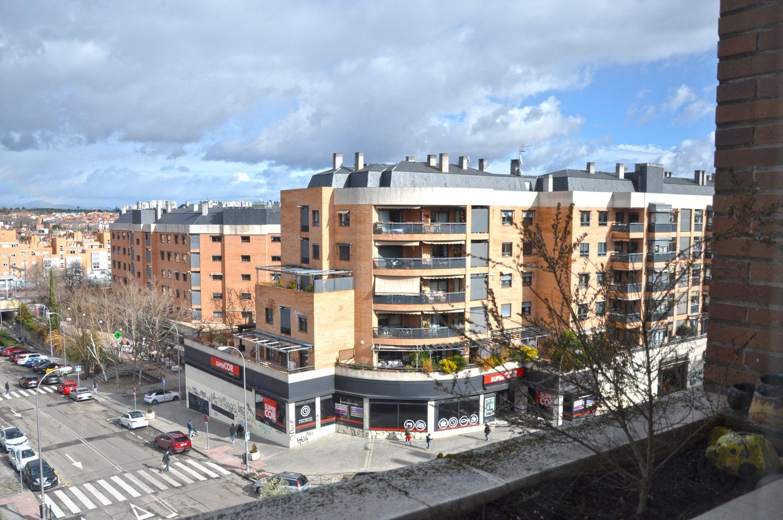 Ático en venta, del Talgo, Madrid
