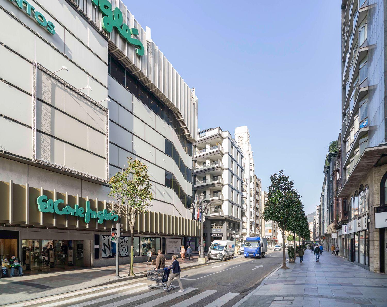 Ático en venta, Manuel Pedregal, Oviedo