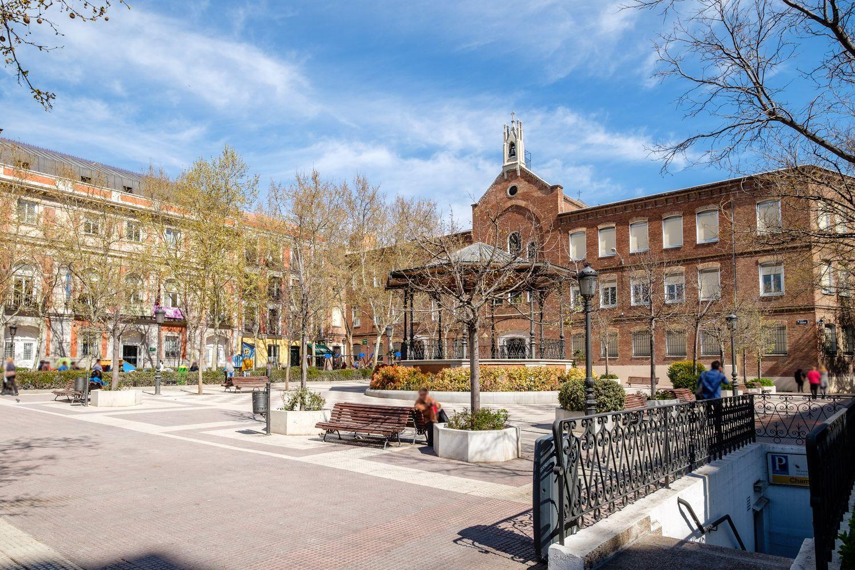 Ático en alquiler, Raimundo Lulio, Madrid
