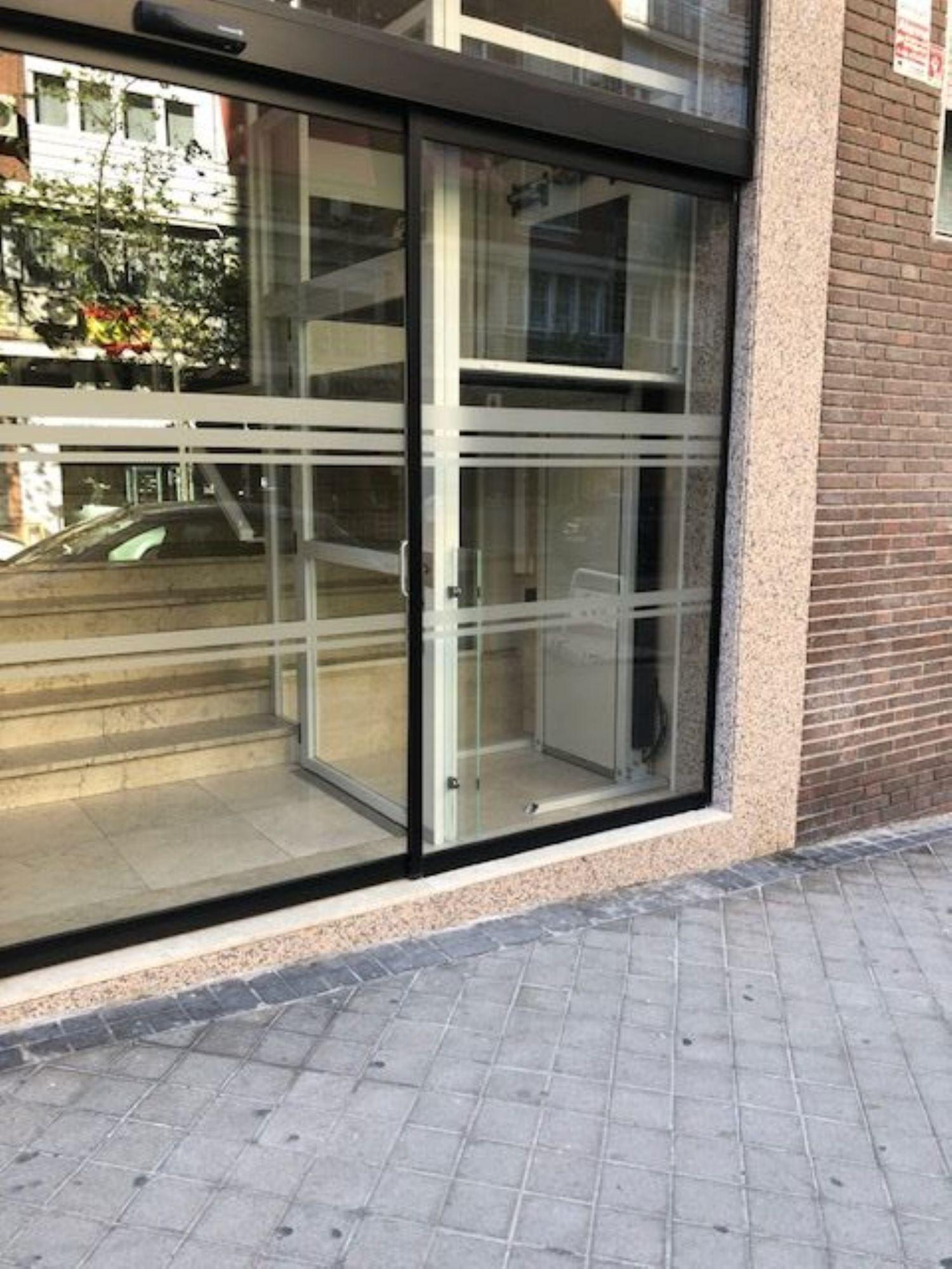 Piso en alquiler, de la Infanta Mercedes, Madrid