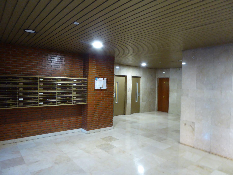 Piso en venta, de Valdebernardo, Madrid