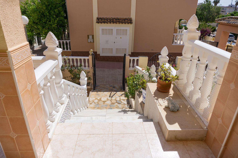Chalet adosado en venta, Limón, Orihuela