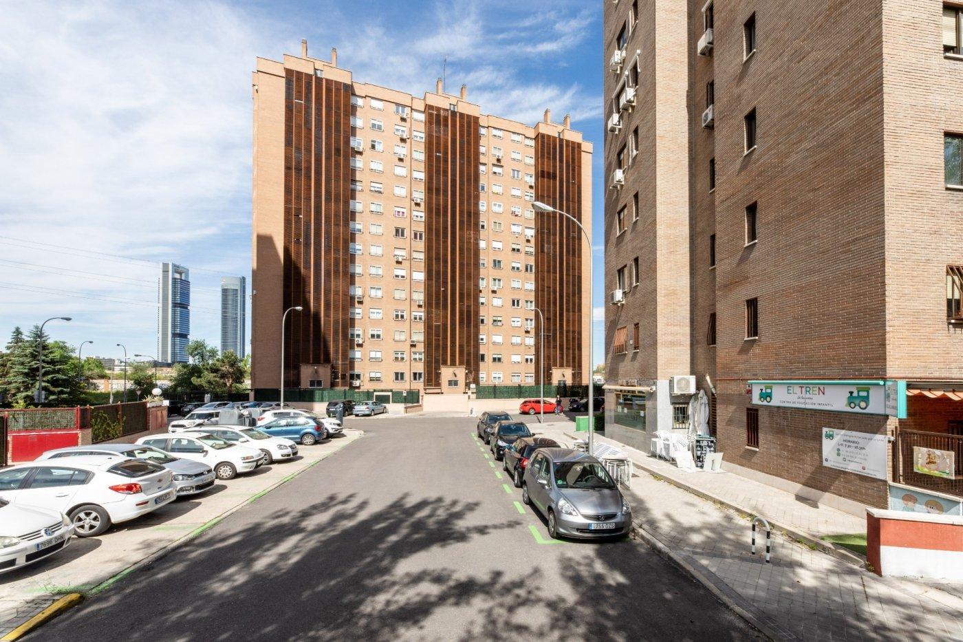 Piso en venta,  Avenida de Burgos, Madrid