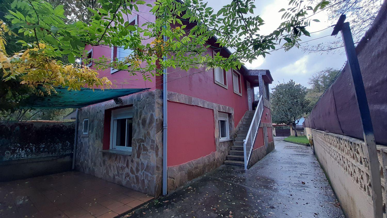 Chalet individual en venta, Lugar Urcela, Ponteareas