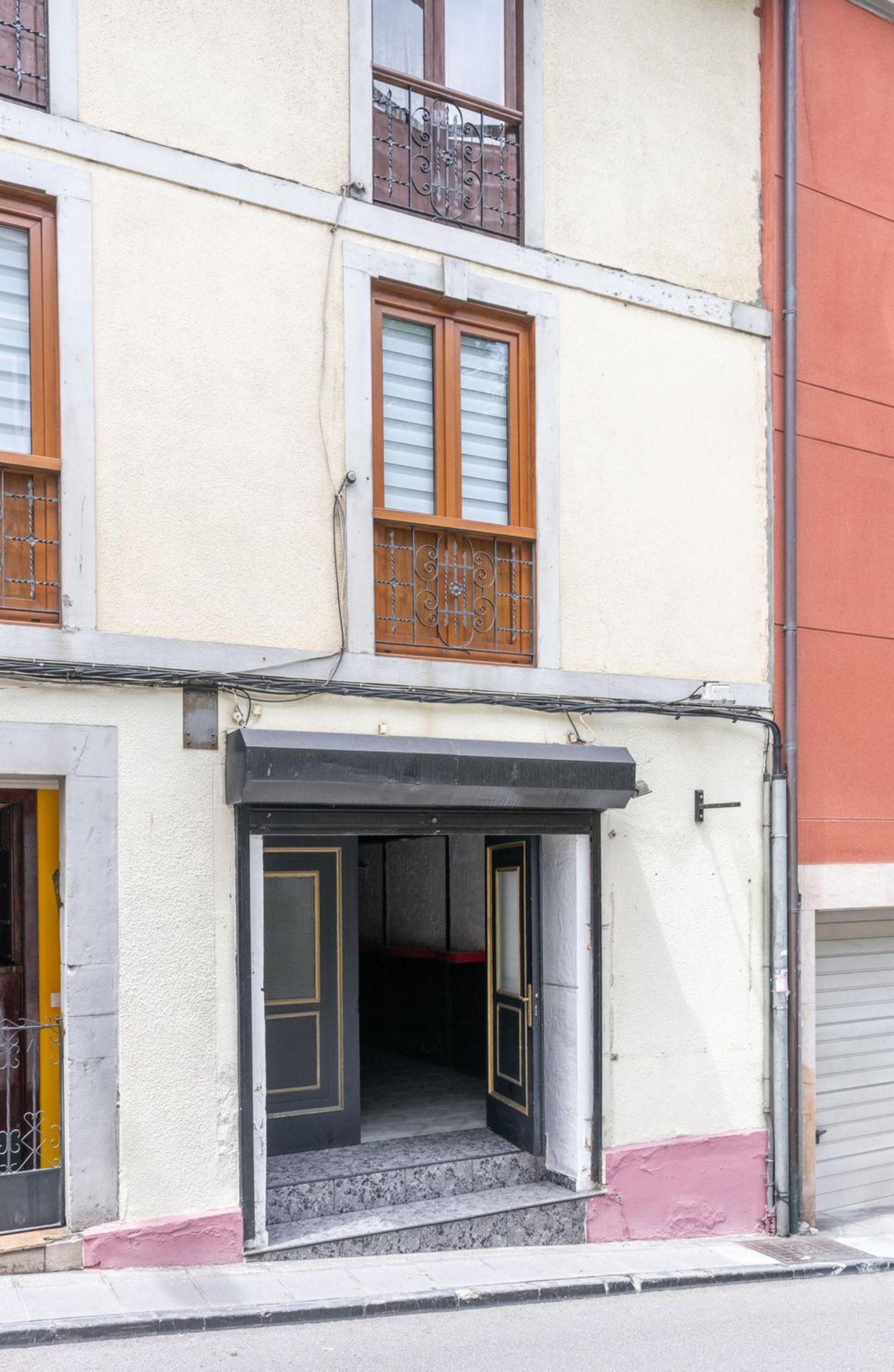 Otras propiedades en venta, del General García de la Concha, Cudillero