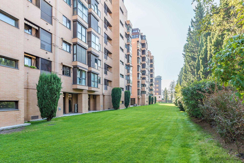 Duplex en venta, de Agastia, Madrid