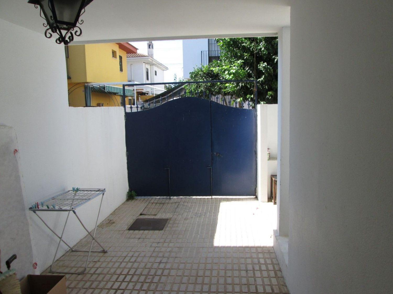 Chalet adosado en venta, Argantonio, Camas